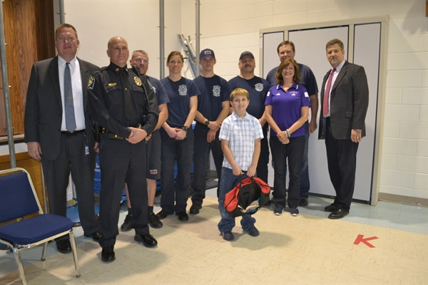 Bellevue Police and Fire Departments Participate in AAA Life Saving Award at Twin Ridge Elementary School